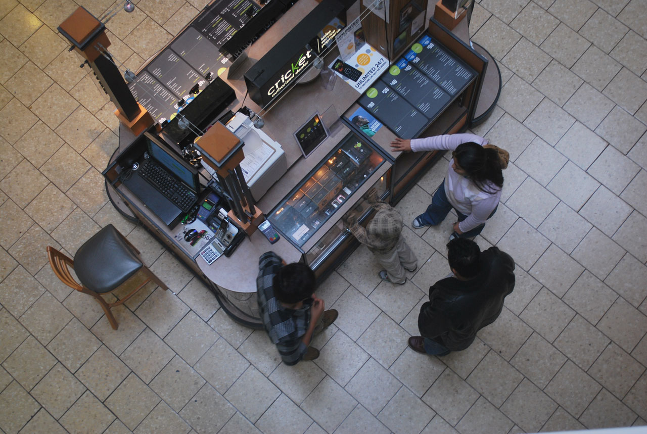 8 Easy Hacks For Your Kiosk To Beat Big Retailers In A Mall