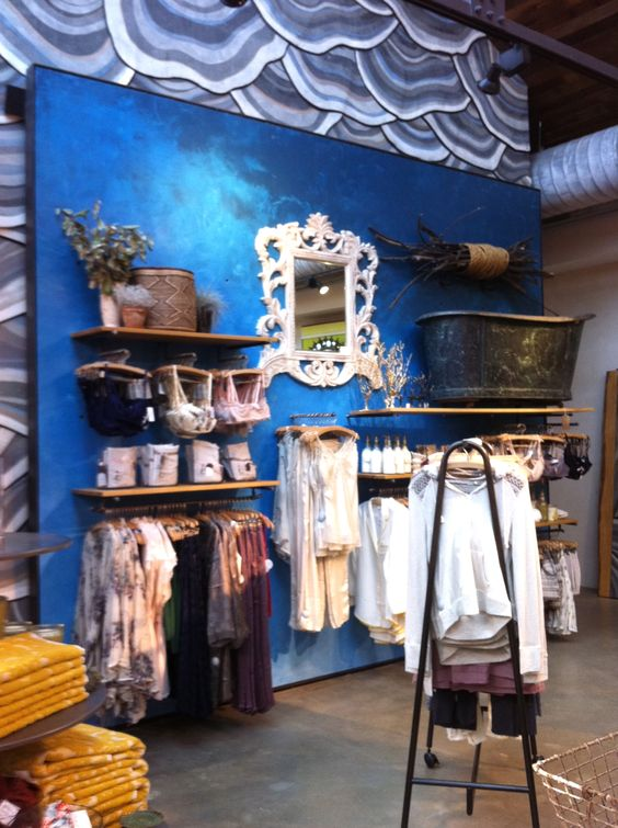 accent walls for attractive stores