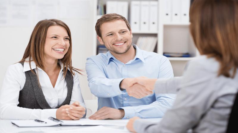 hiring-retail-store-representative