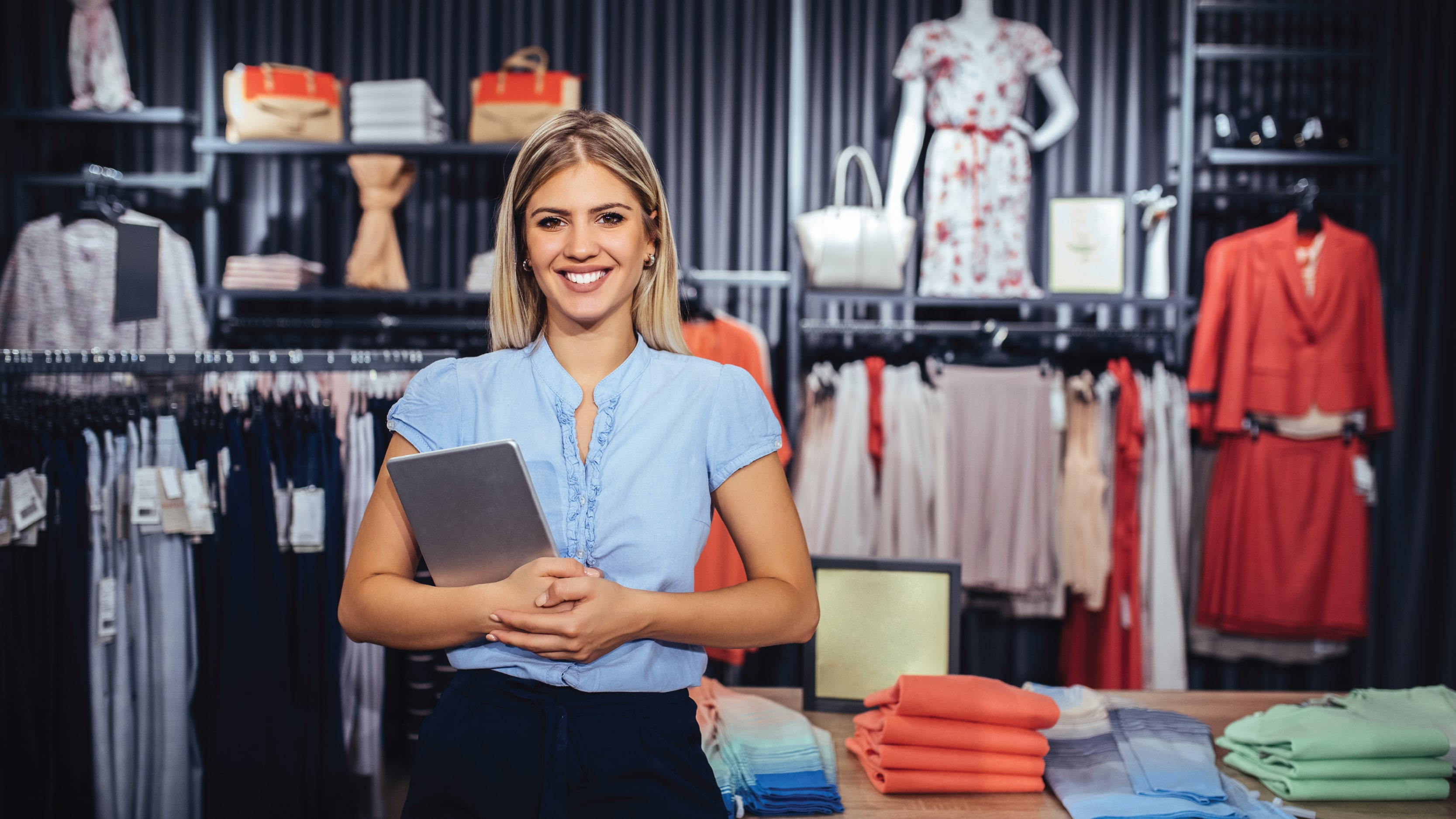 IoT In Retail: How The Internet Of Things Is Transforming The Retail Industry