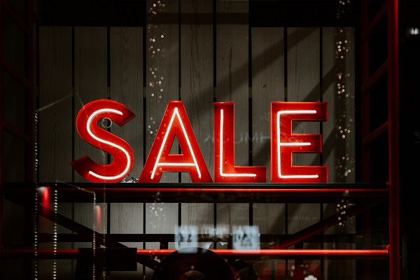 Running a Holiday Sale: A Complete Guide